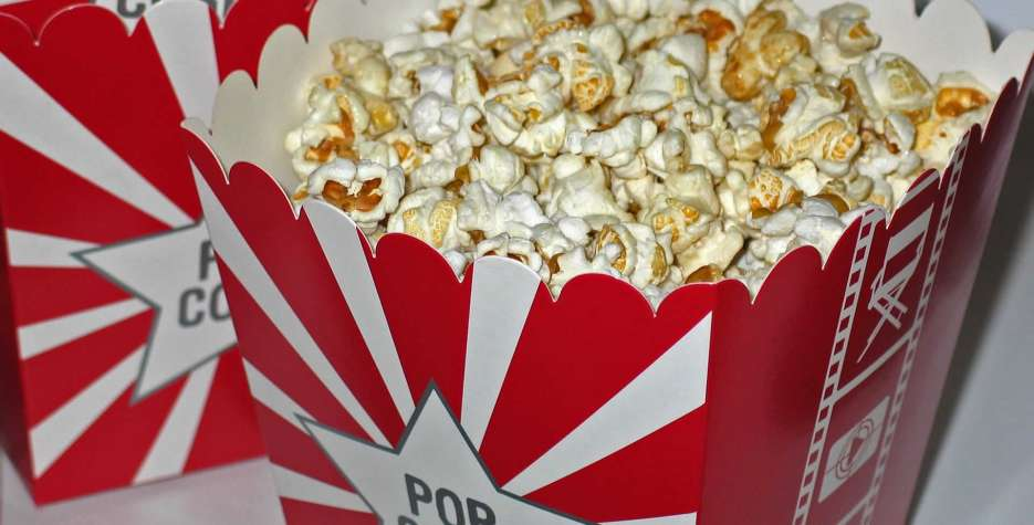 Find out the dates, history and traditions of Popcorn Lovers Day